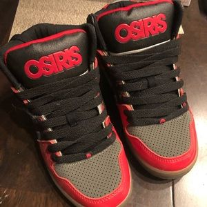 f9259db31f44 Osiris sneakers size 6